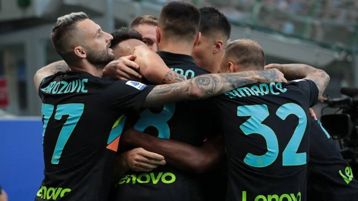 Đội hình tiêu biểu vòng 4 Serie A: Hàng thủ Napoli, cặp sen đầm Inter  - Bóng Đá