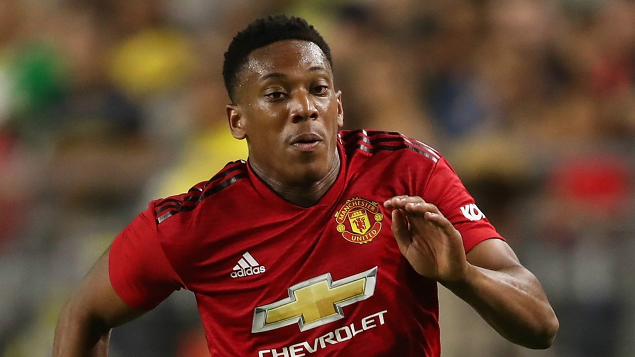 Manchester United forward Anthony Martial subject of Eden Hazard claim - Bóng Đá
