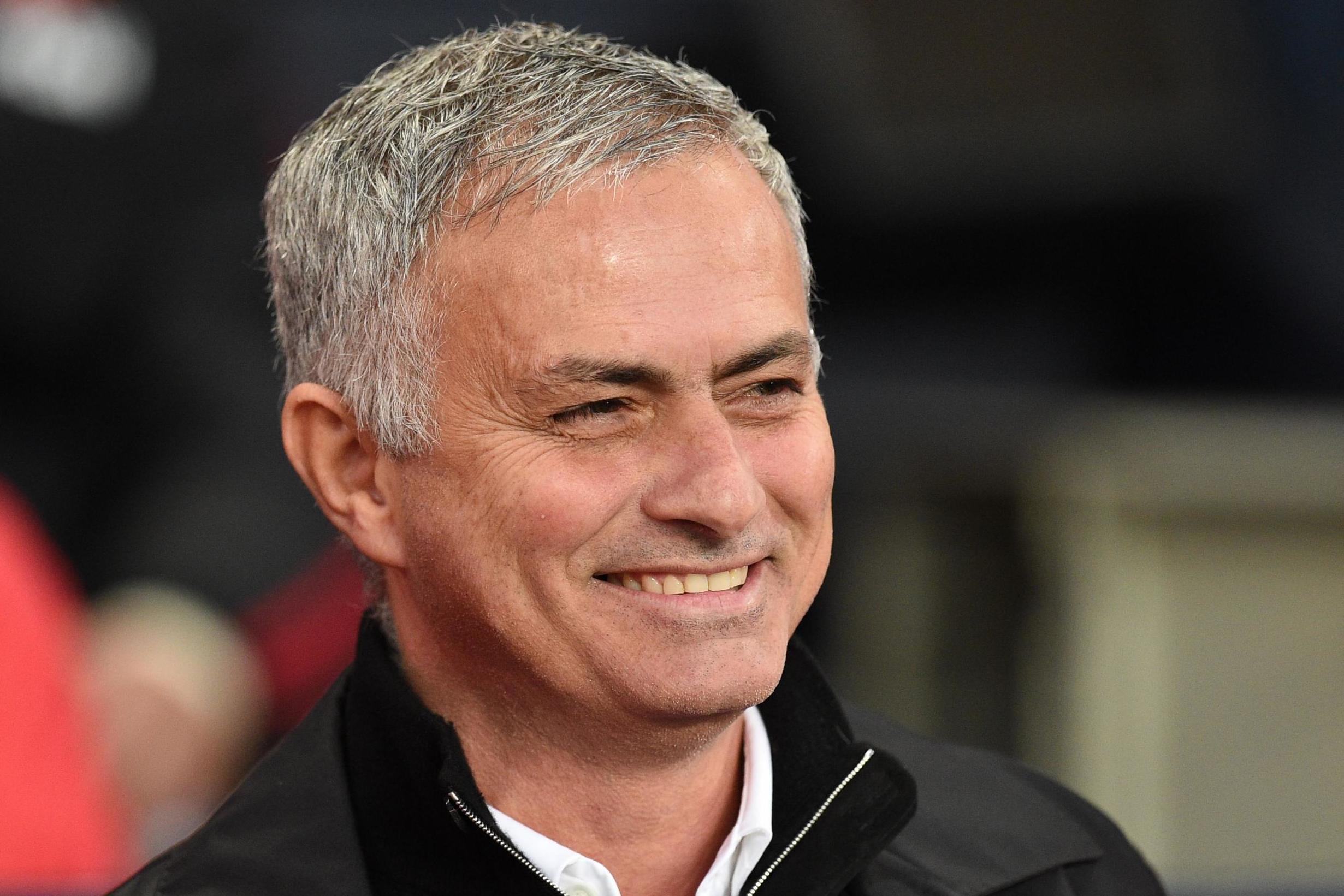 Jose Mourinho to be handed HUGE January warchest despite Man Utd share price drop - Bóng Đá