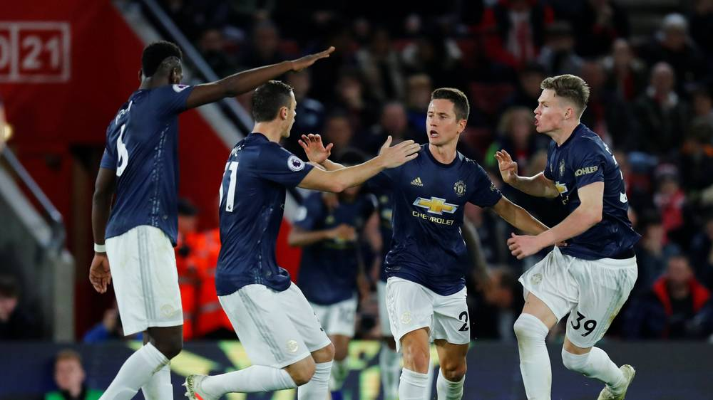 Manchester United players send message to fans after Southampton draw - Bóng Đá