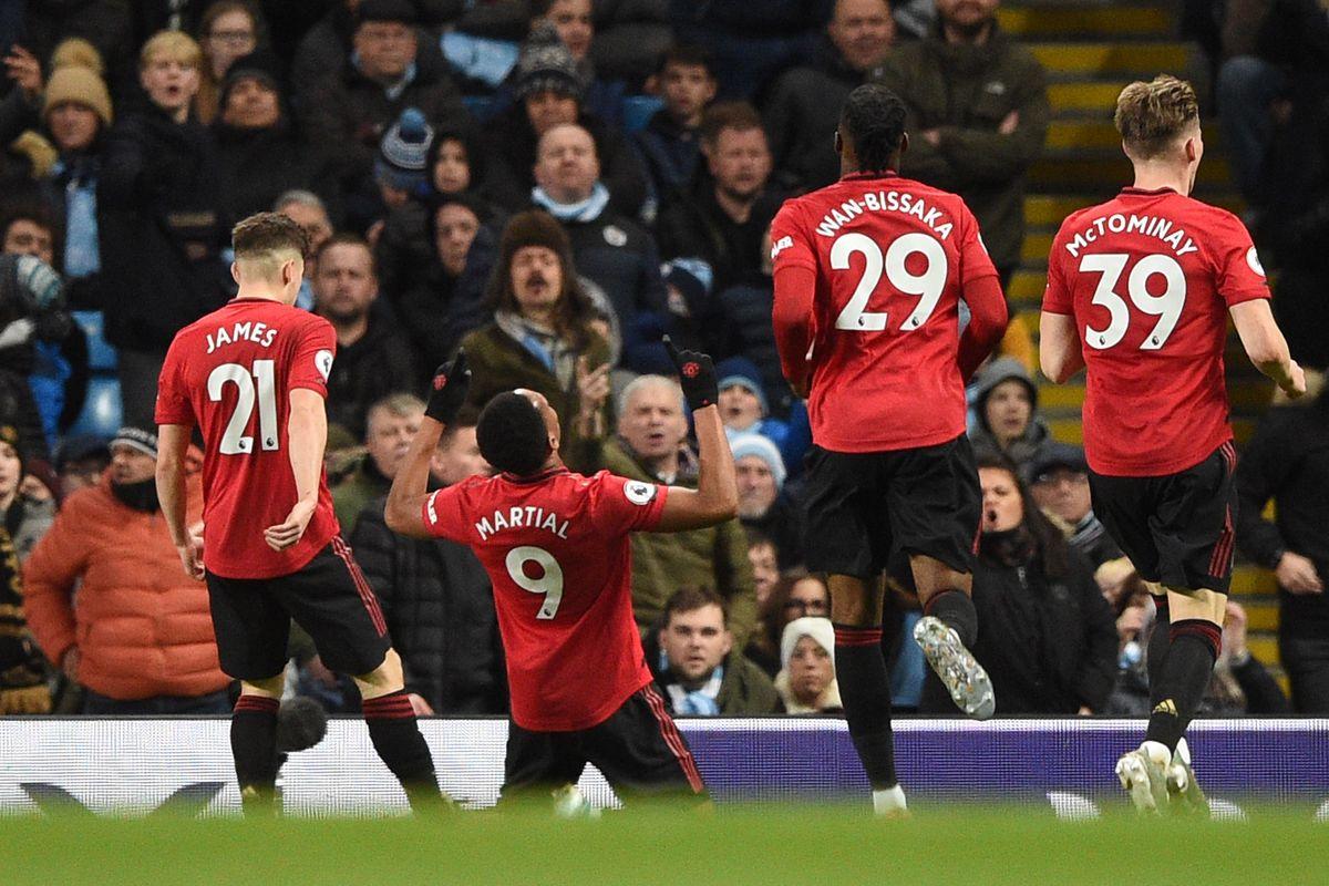 Man Utd boss Ole Gunnar Solskjaer used Chelsea to target two Man City players in derby win - Bóng Đá