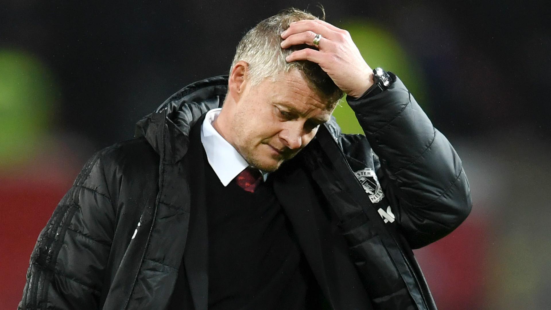 Góc Man Utd: Maguire chấn thương, Solskjaer cần thay đổi nếu không muốn