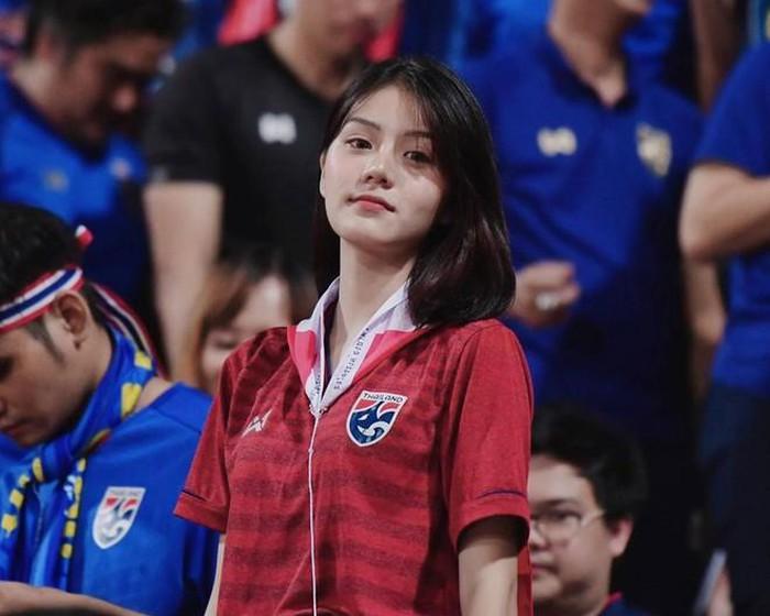 Cameraman trận U23 Thái Lan không làm NHM Việt Nam thất vọng - Bóng Đá