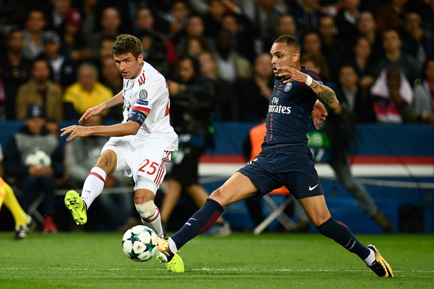 Arsenal submit offer to PSG star Layvin Kurzawa as Barcelona hampered by transfer decision - Bóng Đá
