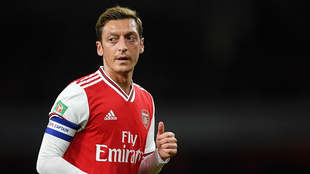Lauren identifies key area Ozil needs to improve to have Auba-like impact - Bóng Đá