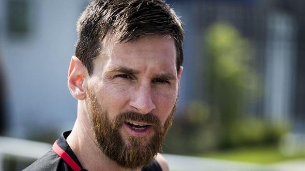 De Jong khen Messi hết lời trước thềm trận Siêu Kinh Điển | Bóng Đá