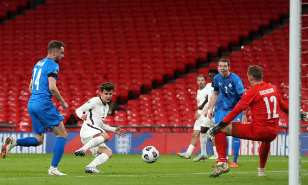 Another goal, 90% passing accuracy & more: Mount shines for England yet again - Bóng Đá