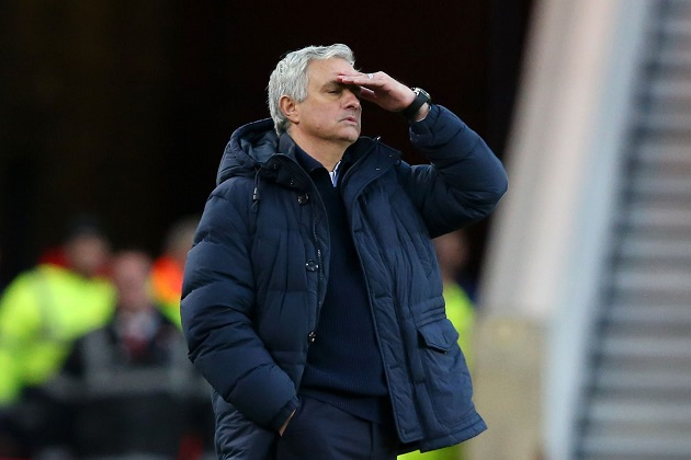 5 games, 4 losses: Breaking down Mourinho's poor record as opposing manager at Stamford Bridge - Bóng Đá