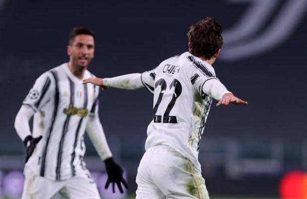 Ronaldo chạm cột mốc khủng, nhưng 'điểm 10' thuộc về cái tên khác - Bóng Đá