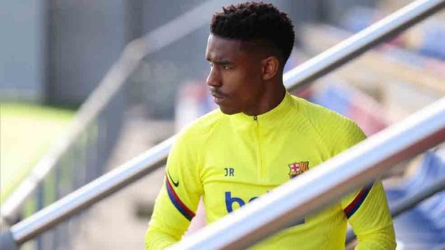 Alena and Firpo the most likely players to leave Barca in winter transfer market  - Bóng Đá
