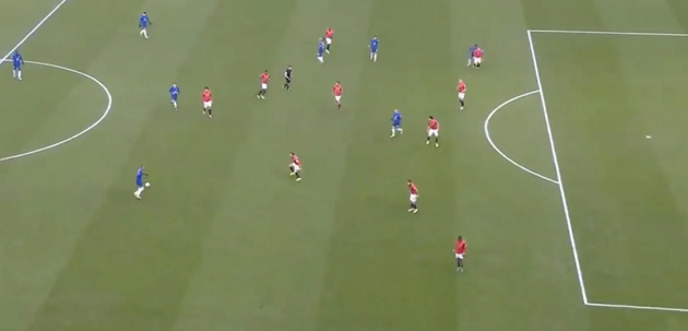 A closer look at Ziyech's lovely looped assist for Hudson-Odoi goal - Bóng Đá