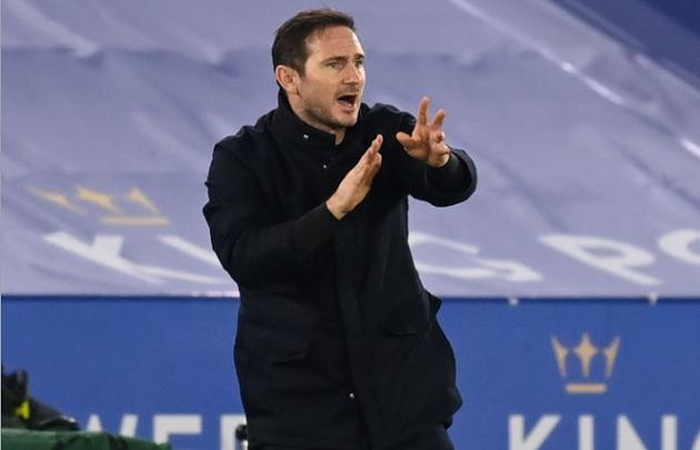 'Lampard's walking on eggshells': Tony Cascarino explains why manager has 3 games to save his job - Bóng Đá