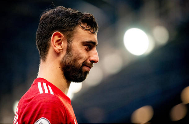 Changing Bruno Fernandes' role could benefit his Manchester United teammates - Bóng Đá