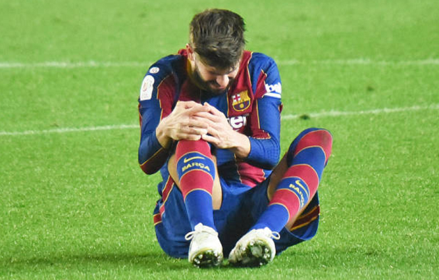 Pique set to be out until April and 4 other big stories you may have missed - Bóng Đá