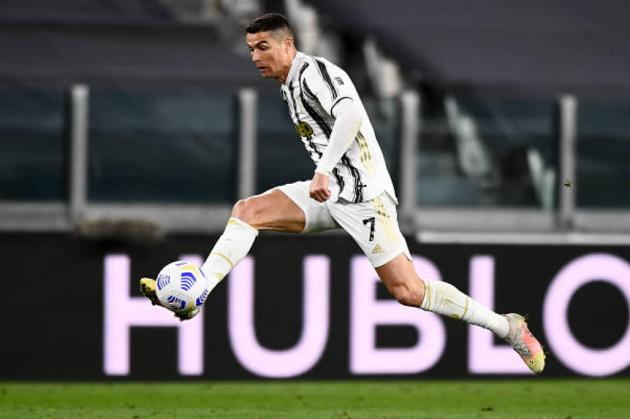 Romelu Lukaku trước cơ hội phả hơi nóng vào Cristiano Ronaldo - Bóng Đá