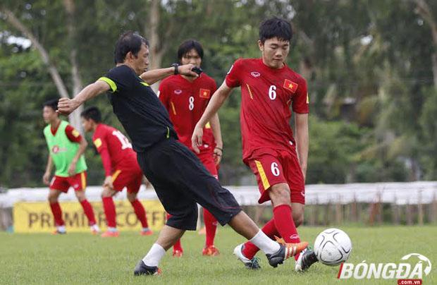 Tiền vệ Xuân Trường, người đá cặp cực kỳ ấn tượng cùng tiền vệ Tuấn Anh ở khu vực giữa sân của ĐT Việt Nam đã có thể tập lại bình thường sau khi gặp chấn thương nhẹ ở trận ra quân gặp Hong Kong (TQ). Ảnh: Gia Minh.