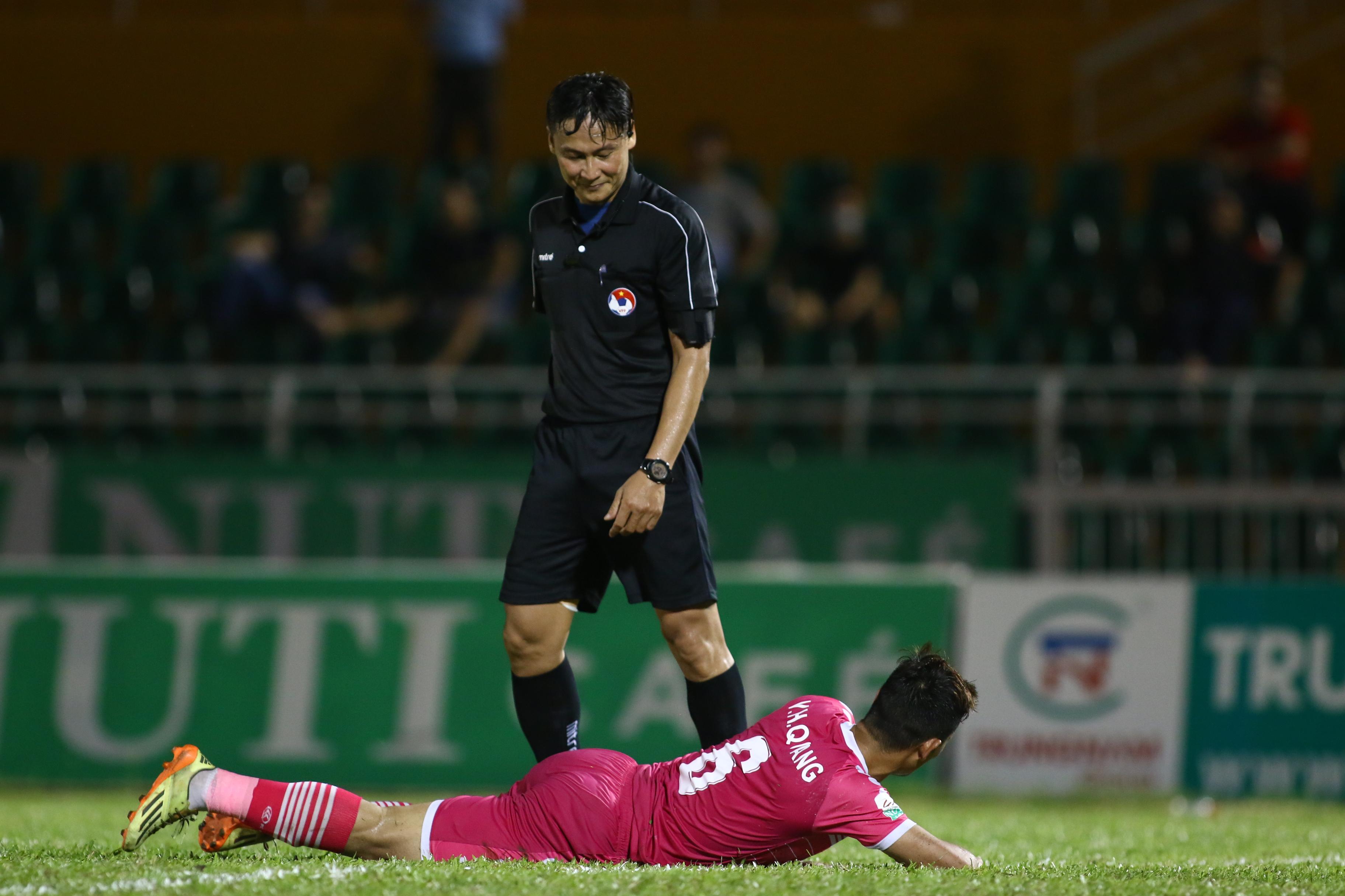 Siêu phẩm 40m của ngoại binh giúp Cần Thơ đánh bại chủ nhà Sài Gòn FC - Bóng Đá