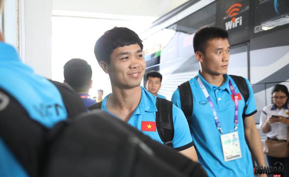TRỰC TIẾP U23 Việt Nam vs U23 Nhật Bản: Công Phượng dự bị, Đức Chinh - Văn Toàn đá chính - Bóng Đá