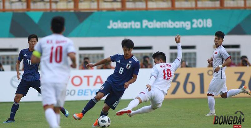 TRỰC TIẾP U23 Việt Nam 1-0 U23 Nhật Bản (H2): Tiến Dũng bay người cứu thua - Bóng Đá