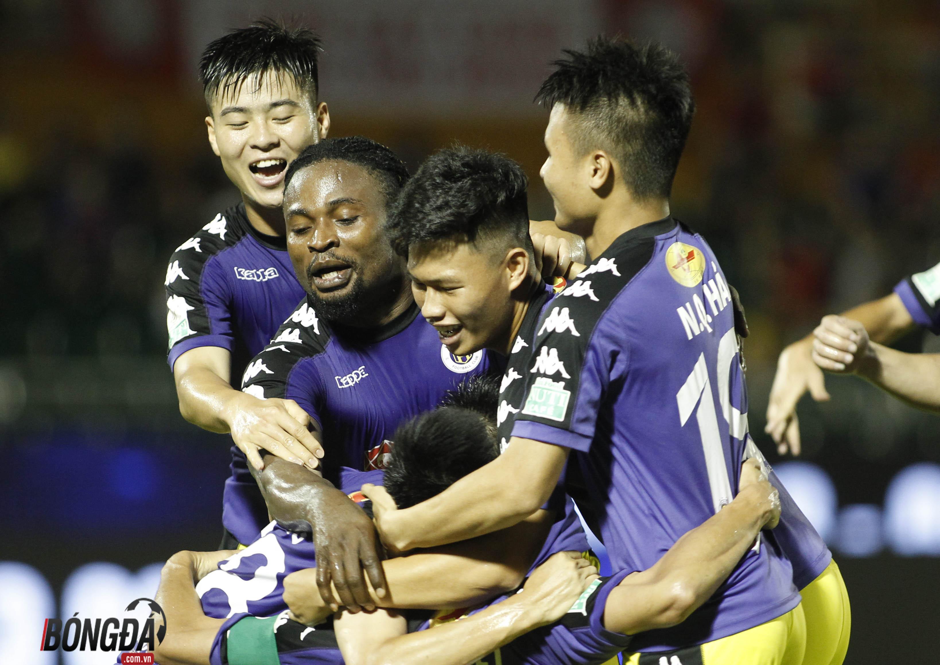 Vua phá lưới nội V-League 2018: Quang Hải đấu Công Phượng - Bóng Đá