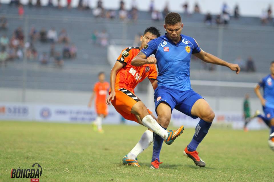 Trực tiếp SHB Đà Nẵng 1-1 Quảng Nam (H1): Merlo bỏ lỡ cơ hội ngon ăn - Bóng Đá