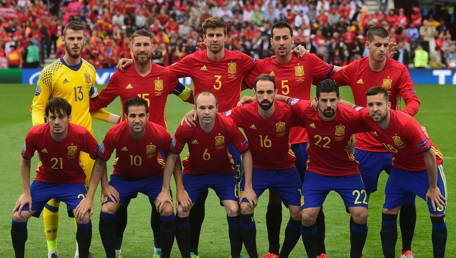 Andres Iniesta sẽ khoác áo Chongping Dangdai - Bóng Đá