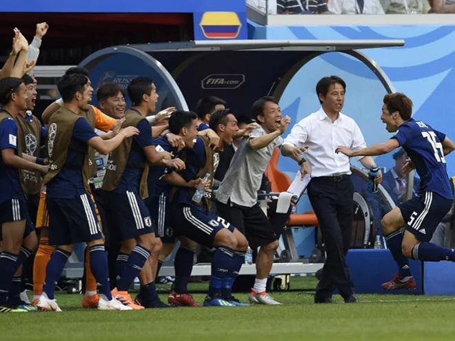 Không phục Việt Nam, người Thái quyết chơi lớn với HLV dự World Cup 2018 - Bóng Đá