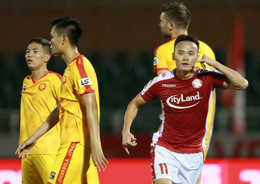 TP.HCM chia tay cựu sao đội tuyển Thụy Điển - Bóng Đá