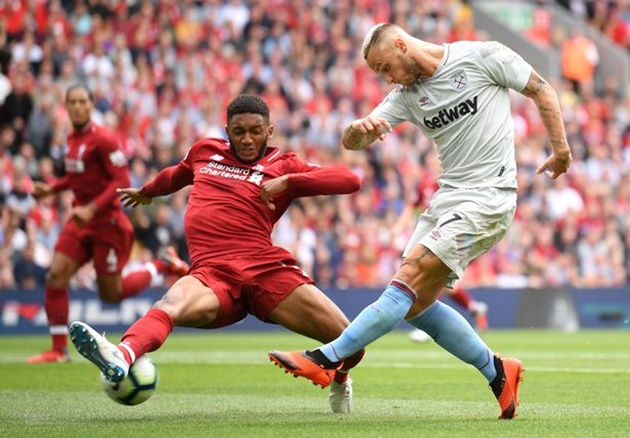 Huyền thoại Arsenal chỉ ra cặp trung vệ số một Premier League - Bóng Đá