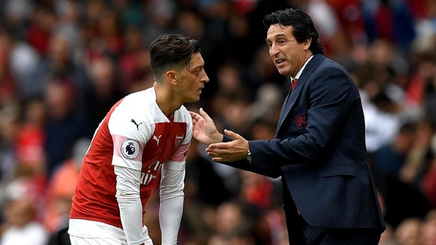 May mắn cho Arsenal, Emery từng suýt làm điều