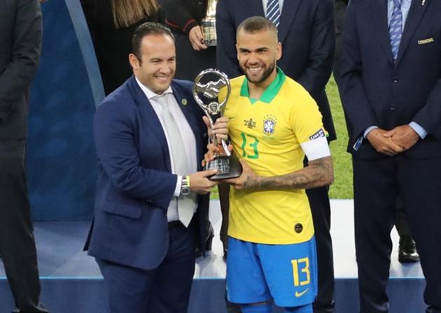 Giành danh hiệu cá nhân cao quý nhất Copa America, lửa chưa hề tắt bên trong 'kẻ thất nghiệp'  - Bóng Đá