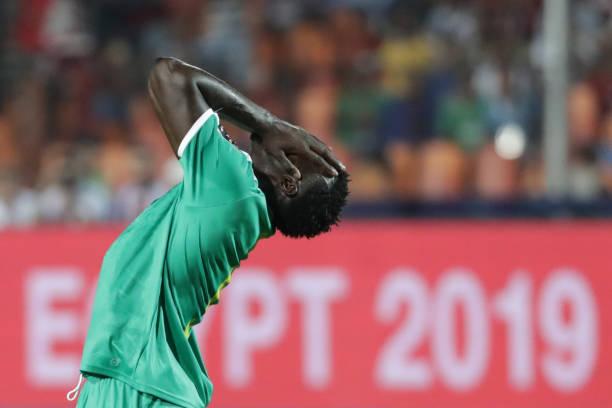5 điểm nhấn Senegal 0-1 Algeria: Trận cầu bạo lực; Algeria sút một phát vô địch luôn! - Bóng Đá