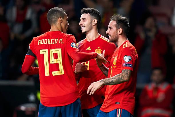 Hàng công thăng hoa, Tây Ban Nha nối dài chuỗi trận toàn thắng - Bóng Đá