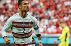 Ronaldo lập cú đúp, hai cựu danh thủ lập tức phản ứng