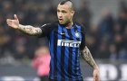 Bị Inter đẩy đi, 'kẻ ngổ ngáo' kể tội Conte
