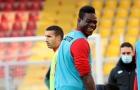 'Bad boy' Balotelli bị đối xử phũ khi trở về đội bóng cũ