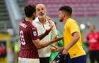 HLV Milan gửi 'chiến thư' đến Man Utd