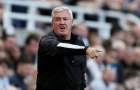 Steve Bruce báo tin vui về đội hình trước ngày tiếp đón Chelsea