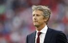 Van der Sar lý giải nguyên nhân Ajax chấp nhận bán hết cầu thủ giỏi