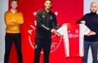 CHÍNH THỨC! Van der Sar hoàn tất HĐ đắt kỷ lục từ Premier League