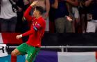 CĐV ném chai Coca-Cola về phía Ronaldo