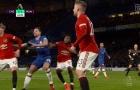 Premier League lý giải tình huống Fred đẩy Azpilicueta và Azpilicueta đẩy Williams