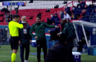 Trọng tài phân biệt chủng tộc, trận PSG - Istanbul BB hoãn ngay hiệp 1
