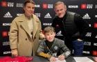 Trước Kai Rooney, những cái tên nào đã đi theo sự nghiệp cầu thủ của cha?