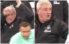 Hòa Liverpool, HLV đối thủ thúc cùi chỏ vào đầu trọng tài trong trận