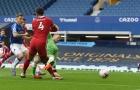 Trọng tài thừa nhận sai lầm trong pha bóng khiến Van Dijk chấn thương