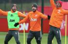 Tân binh khoe 'hàng' cực độc, lộ bầu không khí khó tin trên sân tập Man Utd