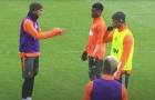 Vừa đến Man Utd, Diallo đã được Bruno 'giáo huấn' trên sân tập
