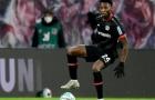 Bayer Leverkusen 'khốn khổ' vì Timothy Fosu-Mensah