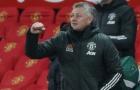 XONG! Fabrizio Romano xác nhận, đã rõ trung vệ Man Utd quan tâm